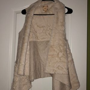 Black Swan fur vest Size XS/S Cream